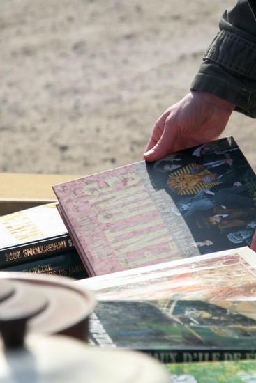 2009-04-05-marche-aux-puces_0008_.jpg