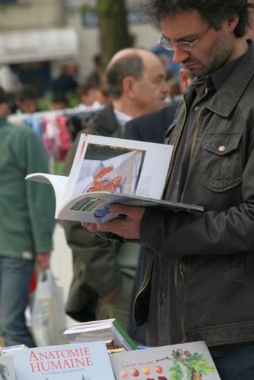 2009-04-05-marche-aux-puces_0020_.jpg