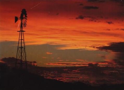 Outback sunset - photo de Peter Waterhouse