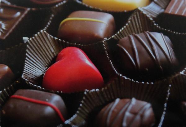 Chocolats (Paperbox ed.)