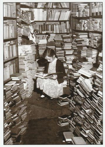 Jeune lectrice - photo de Chris Ware