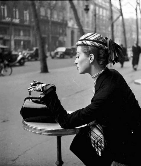Capucine, Café de la Paix, 1952